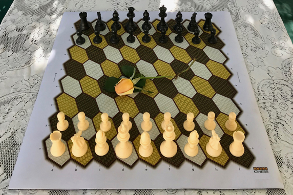 Photo of Hexes 9-Pawn chess.